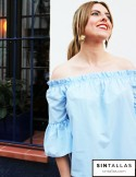 Blusa off-shoulder celeste